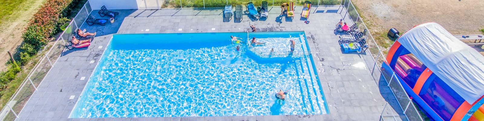Camping avec piscine landes espace aquatique camping for Location camping avec piscine