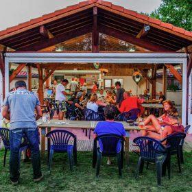 Restaurant camping Landes