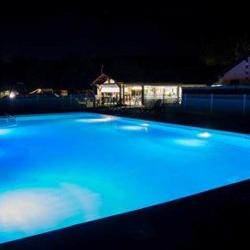 landes camping piscine nocturne